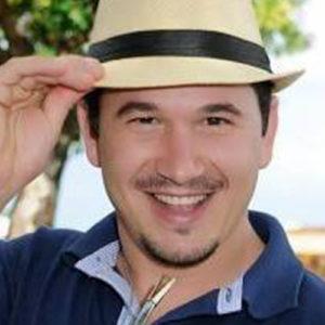 Prof. Pe. Elisandro Guindani