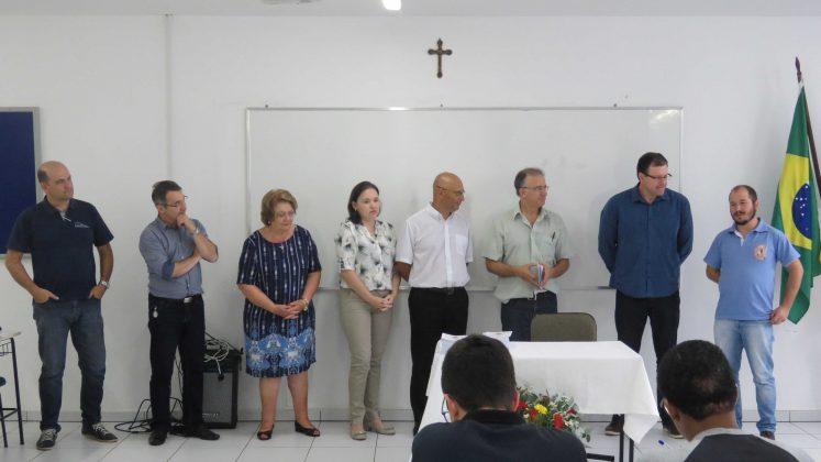 Corpo docente e equipe técnica